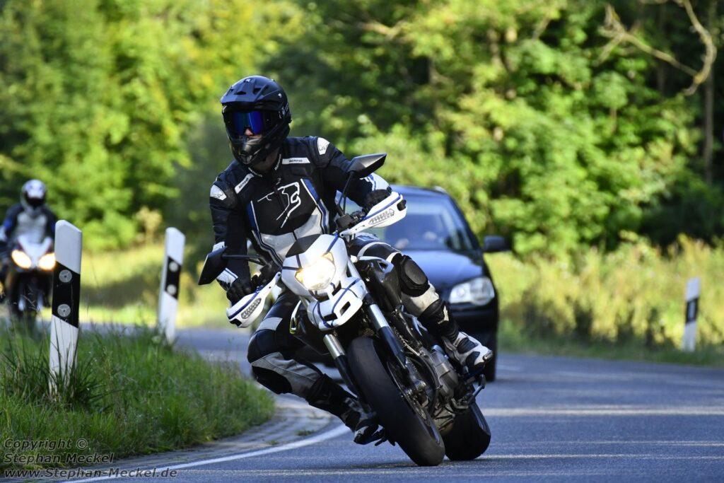 Motorrad fahren in Laubach